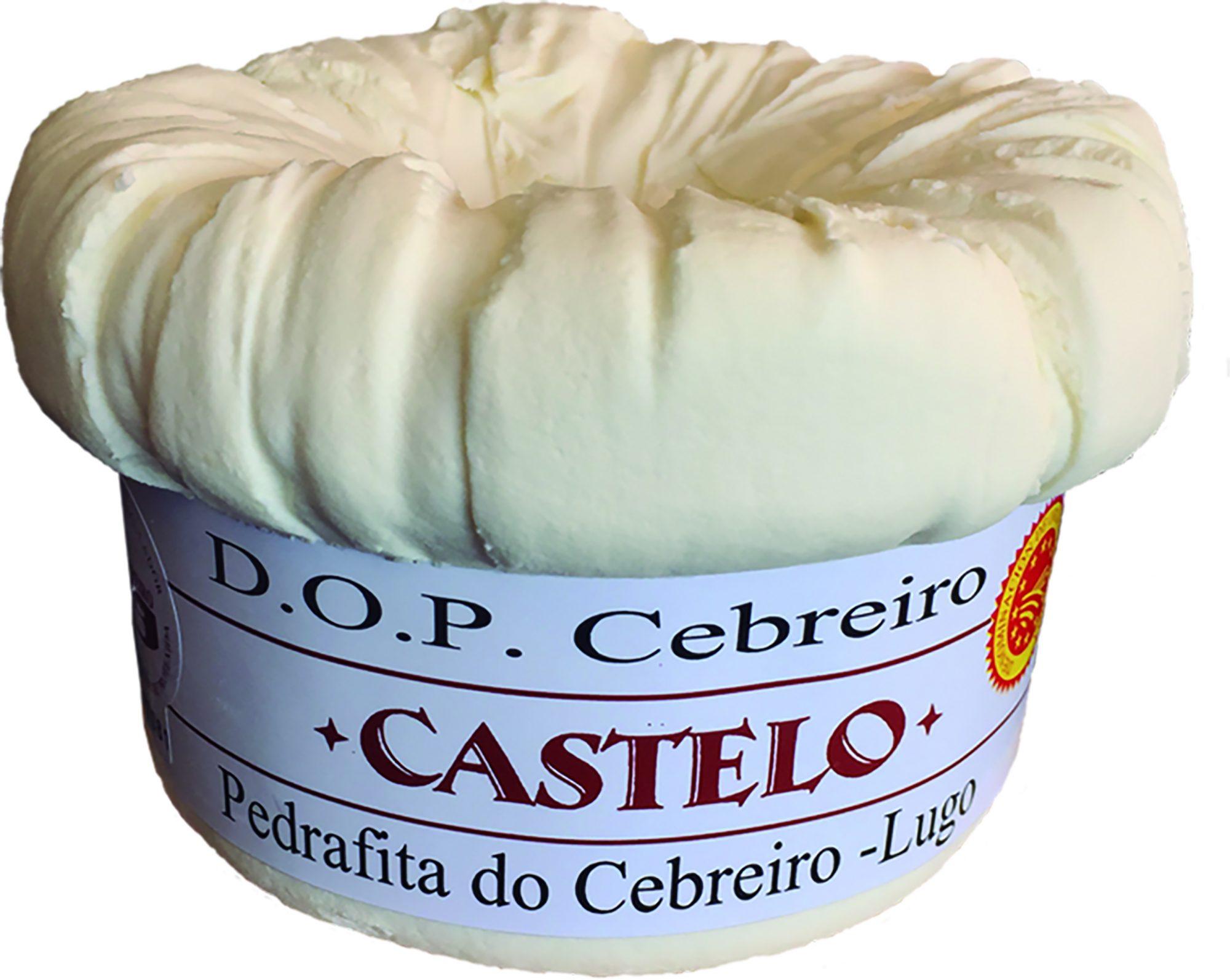 Queso elaborado en una miniquesería en la localidad lucense de Pedrafita do Cebreiro.
